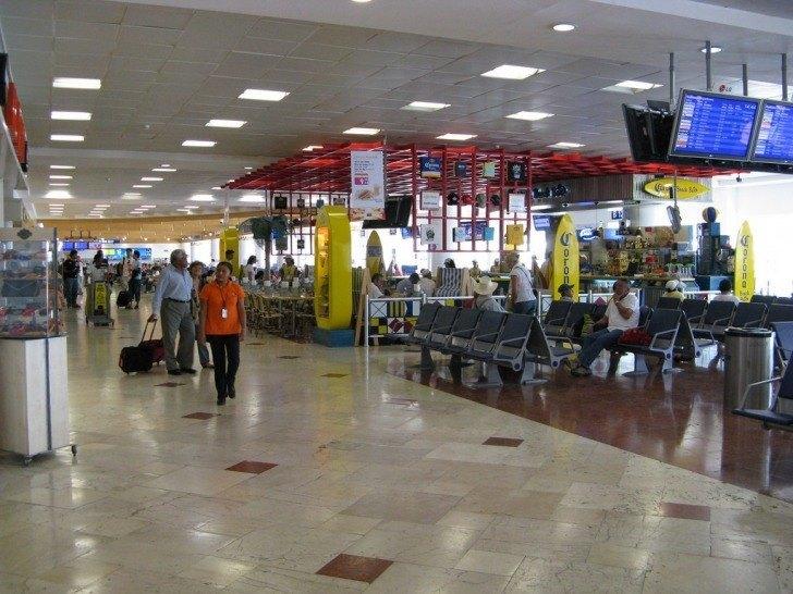 Viajar En Avión Los Hombres Que Viajan En Primera Y: Viajar En Avión Por Primera Vez