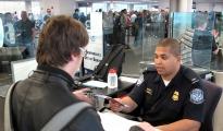 Consejos para pasar migraciones de EEUU rápido y sin problemas